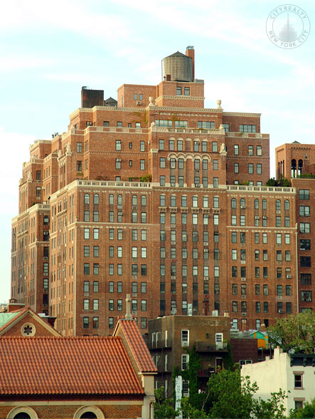London Terrace Towers - 470 West 24th Street