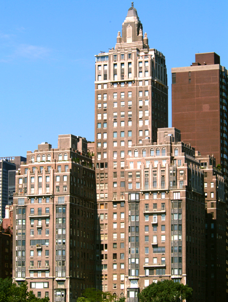 River House - 435 East 52nd Street