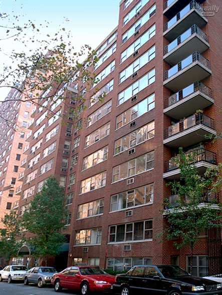 Sutton Gardens - 420 East 55th Street