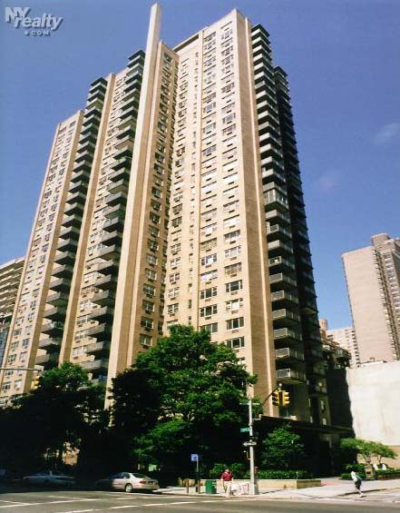 The Newbury - 250 East 87th Street