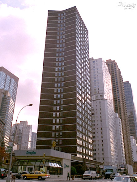 Nevada Towers - 2025 Broadway