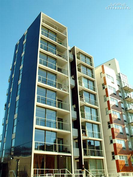 Loftology - 285 Driggs Avenue