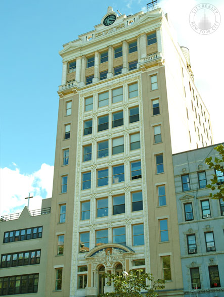 Forward Building - 175 East Broadway