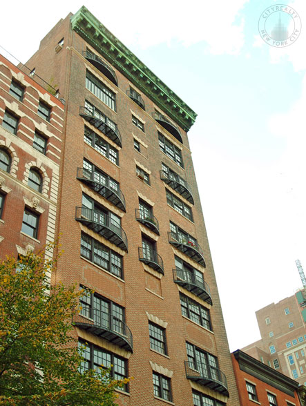24 gramercy park south nyc apartments cityrealty for Gramercy park apartments for sale