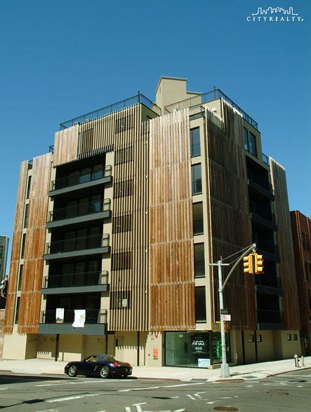 Louver House - 91-93 Metropolitan Avenue