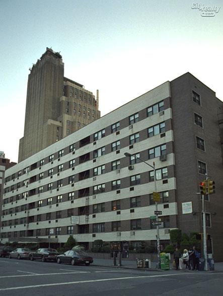 Chadwin House - 140 Seventh Avenue