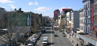 http://www.cityrealty.com/graphics/uploads/1205185007_125_west_from_metronorth.jpg